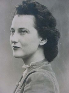 Dorothy Hewitt during WWII